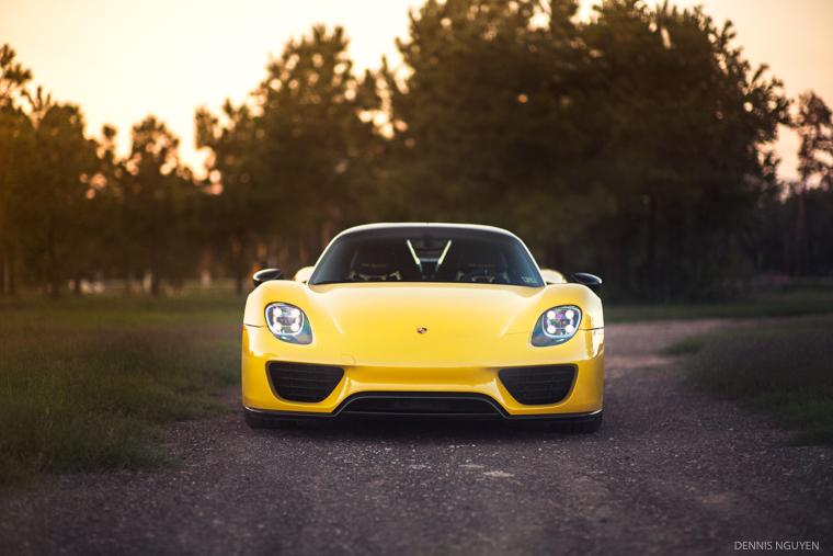 Porsche_918-4