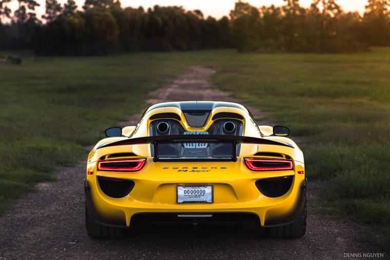 Porsche_918-5