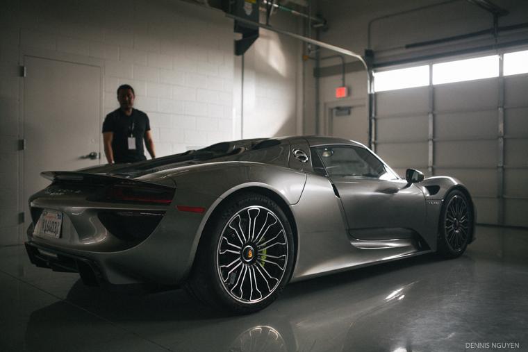 Porsche_918_Grey-2