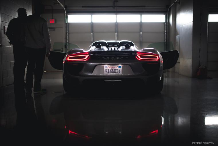 Porsche_918_Grey-4
